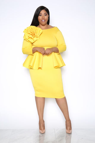 MAID OF HONOR PLUS DRESS - YELLOW