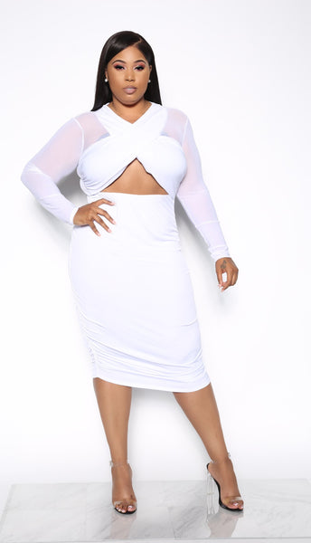 THE FULL PACKAGE PLUS DRESS - WHITE