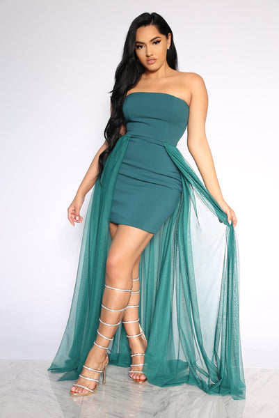 MET GALA DRESS - EMERALD GREEN