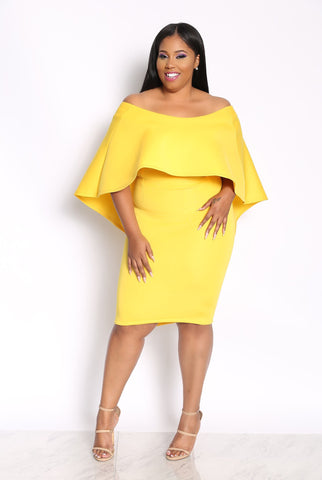 IN THE LEAD CAPE PLUS DRESS - YELLOW