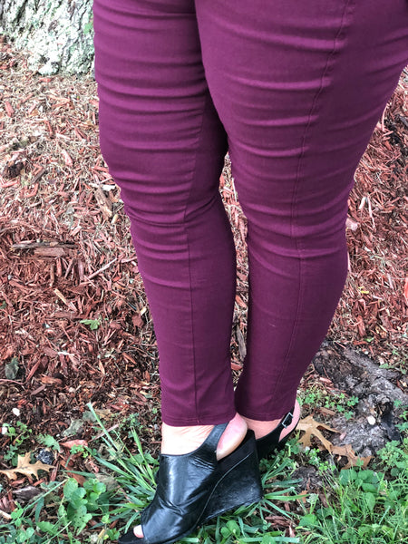 SUPER STRETCH PULL ON JEGGINGS