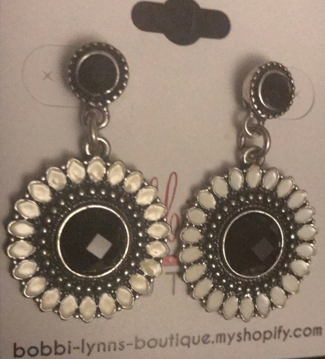 WHITE AND BLACK DANGLES