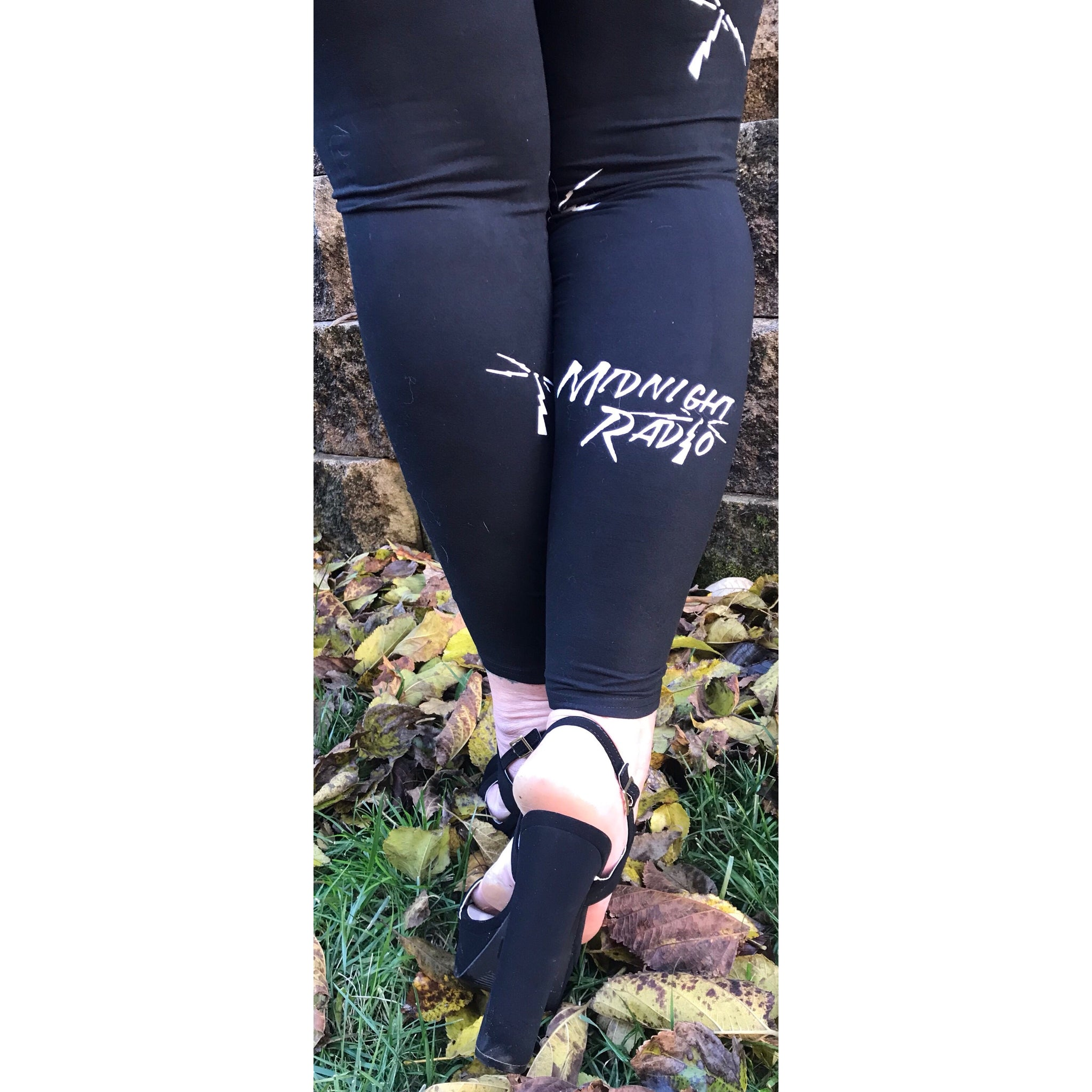 MIDNIGHT RADIO LEGGINGS