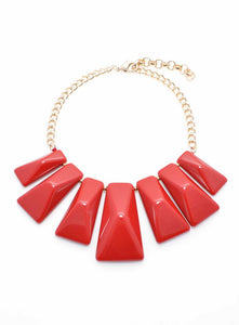 CHIC SHAPE GRADUATED RESIN NECKLACE