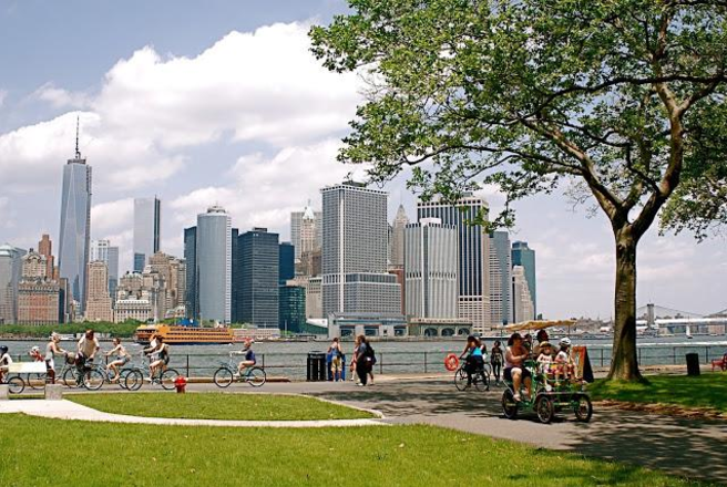 5 Best Places To Picnic This Summer In Nyc Siizu Sustainable Fashion