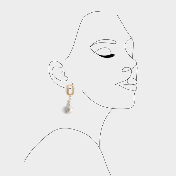 Alana Trio Pearl Earrings