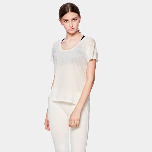 siizu. SiiZU. U neck Tee- Tencel Extra Soft. White,eco clothing, natural clothing, green clothing, luxury clothing, organic clothing, affordable clothing, eco friendly tee