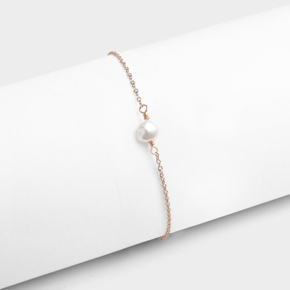 Single Pearl Bracelet