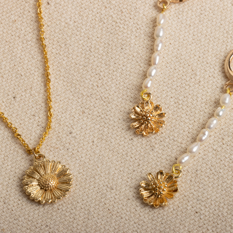 Daisy Necklace-D