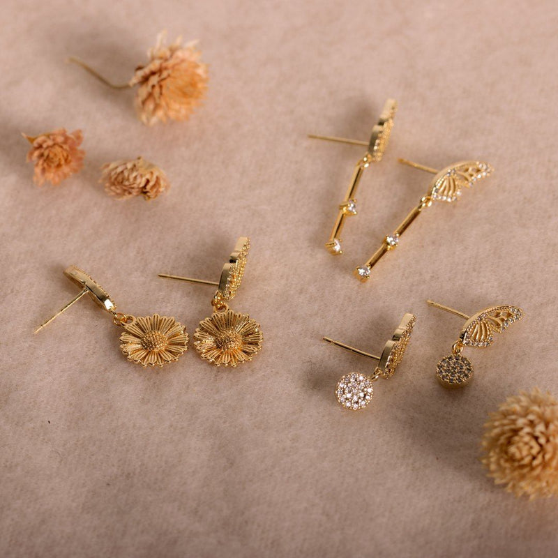Monarch Daisy Earrings