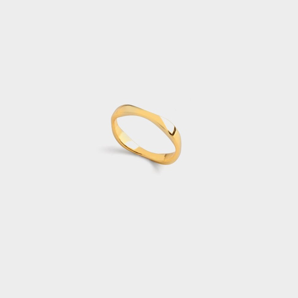 Myia Square Ring