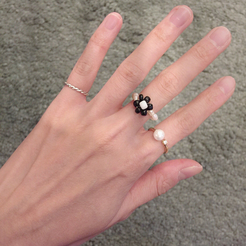 Gili Floral Ring
