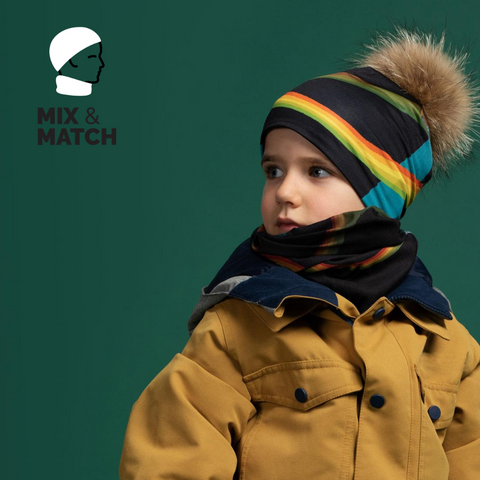 Pompom beanie and multifunctional tube illustrated by illustrator André Martel