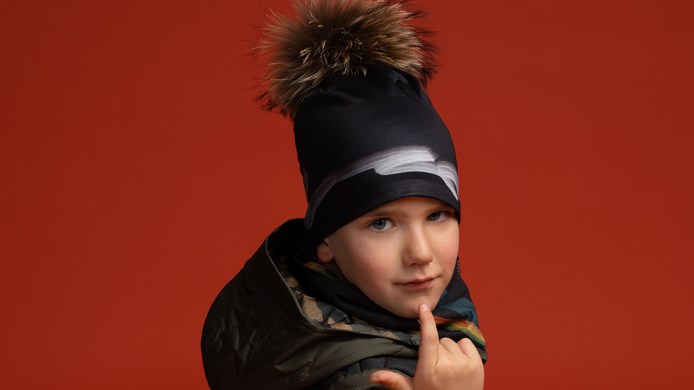 remouvable Pompom beanie with bambou lining created by elise charette