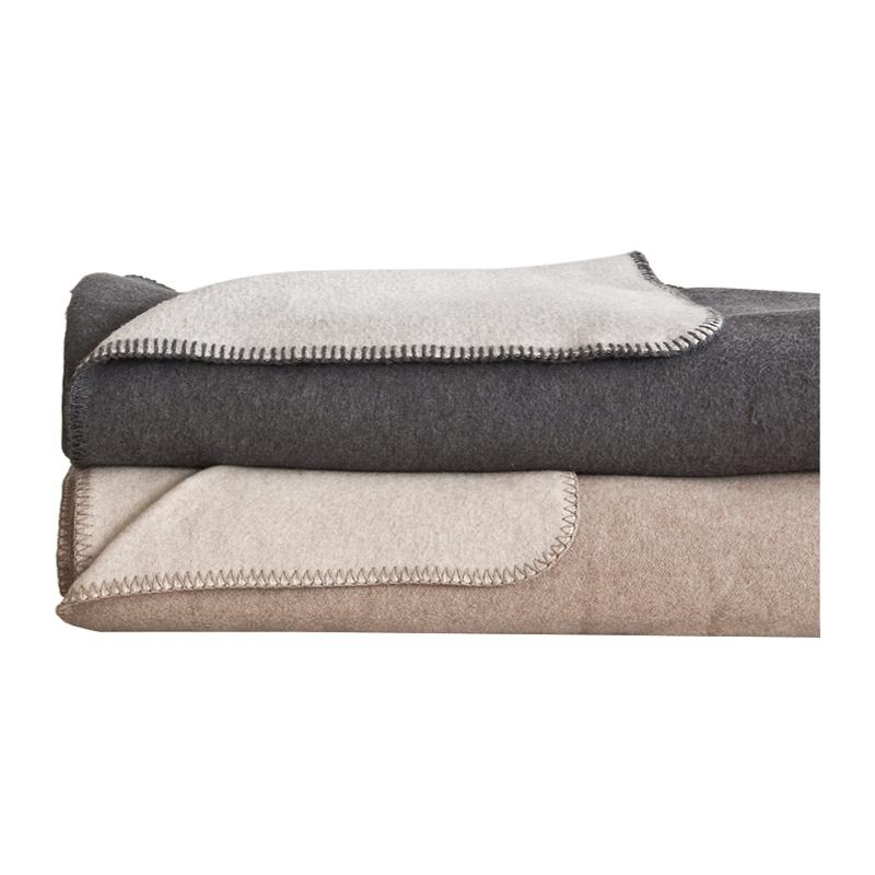 Area Oliver Blanket Charcoal/Ash Twin