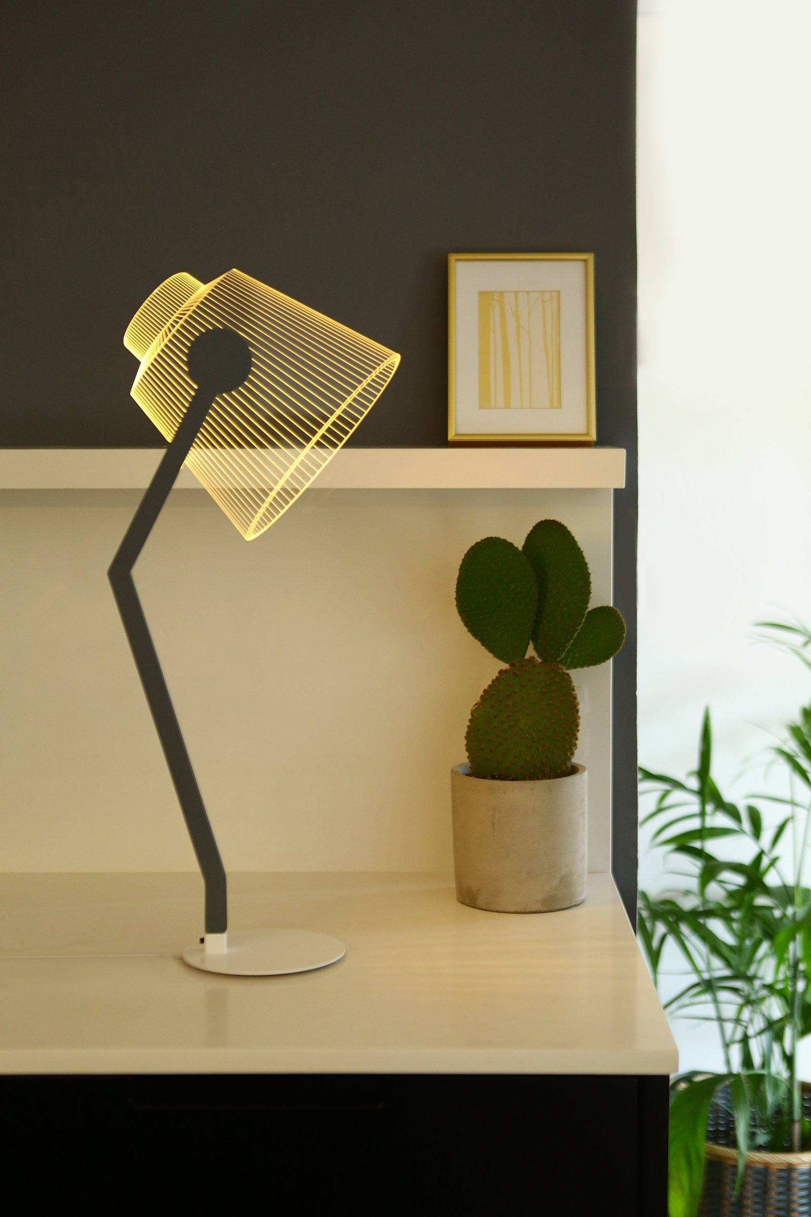 Studio Cheha Media Lamp