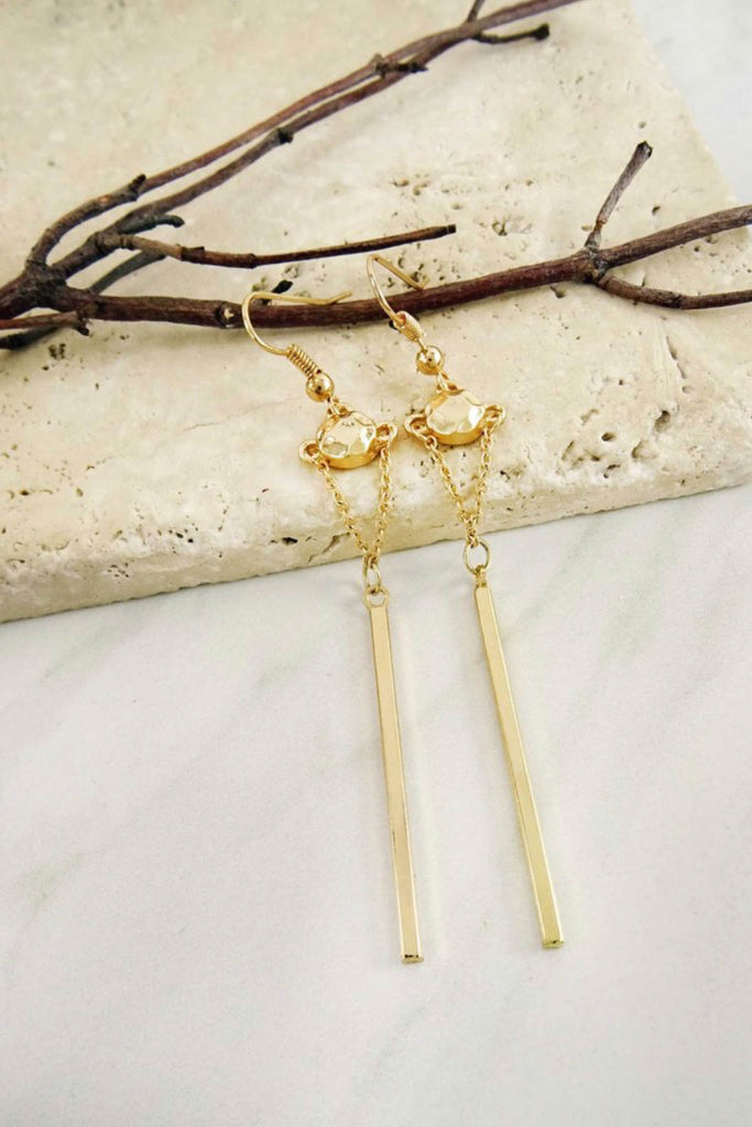 Linear Stick Earring