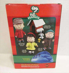 Snoopy with Woodstock and Doghouse Peanuts Poseable Holiday Figures New in Box Forever Fun