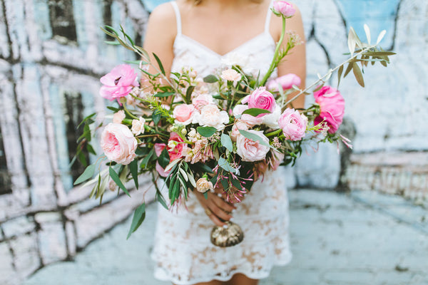 4 Wedding-Planning Tips to Save Yourself Money (and Stress)