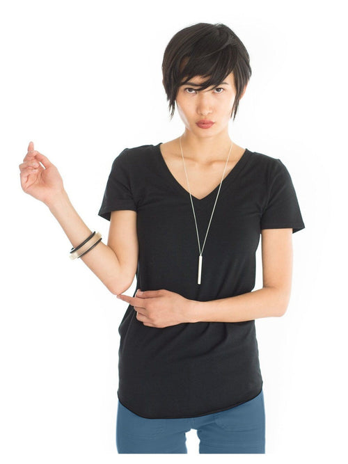 black short sleeve maternity v neck shirt
