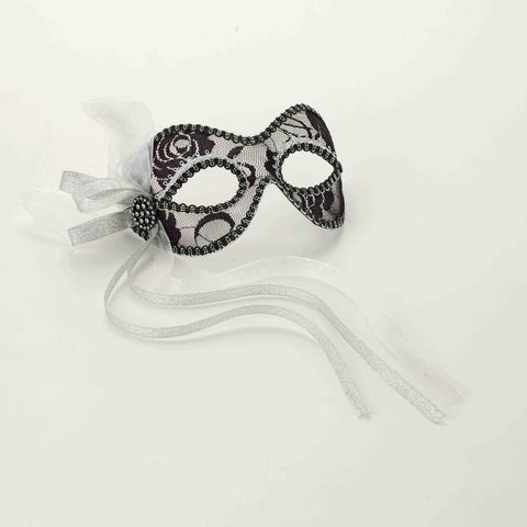 MASK - MARDI GRAS - LACE BLACK/SILVER         EACH