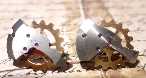 Steampunk Gearring, earrings, gear for your ear clockwork earrings
