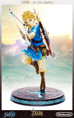PRE-ORDER The Legend of Zelda: Breath of the Wild - Link