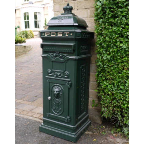 Green Metal Traditional Lockable Mail Box