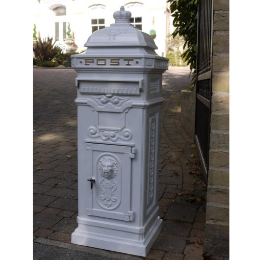 White Metal Traditional Lockable Mail Box