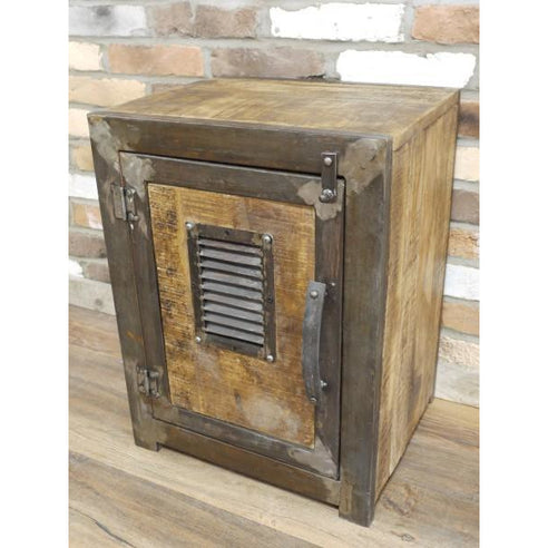 Hoxton Industrial metal Frame Side Table with Metal Grille Detail (46 x 61 x 38cm)