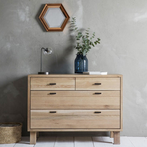Kielder Nordic-Style Oak Chest of Drawers (2 + 2 Drawers, 110 x 50 x 80cm)