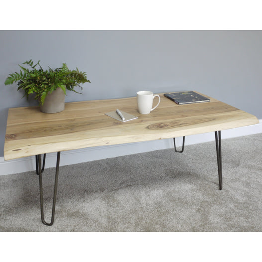 Hoxton Living Edge Acacia Wood Coffee Table in Natural Finish (117 x 62 x 42cm)