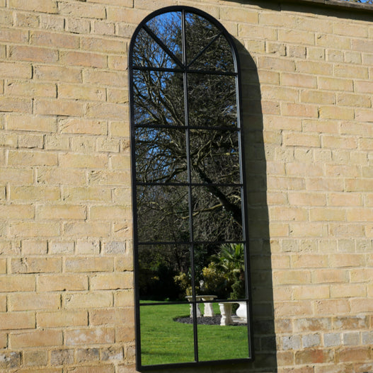 Black Metal Tall Arched Garden Mirror (165 x 2 x 55)