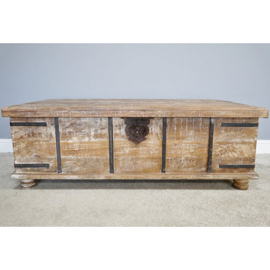 Fusion Whitewash Large Storage Trunk Coffee Table 133 X 72 X 46cm Scoutabout Interiors