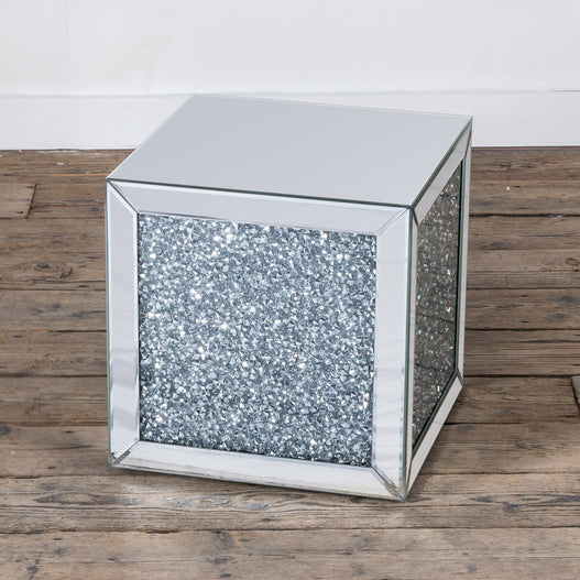 Diamond Crush Mirrored Venetian Glass Cube Side Table (40 x 40 x 40cm)