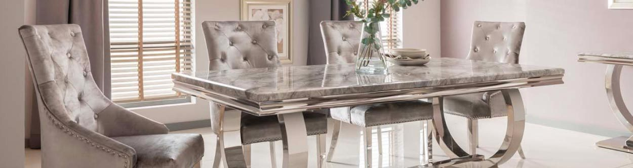 Vida Arianna Tables & Chairs
