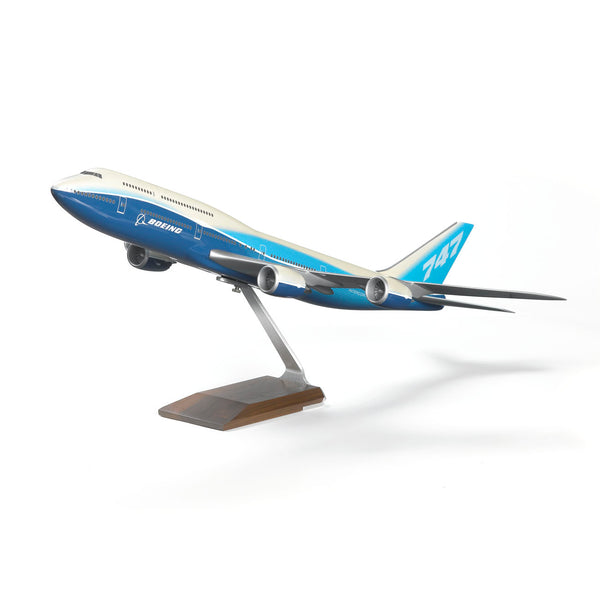 747-8 Intercontinental Resin 1:100 Model