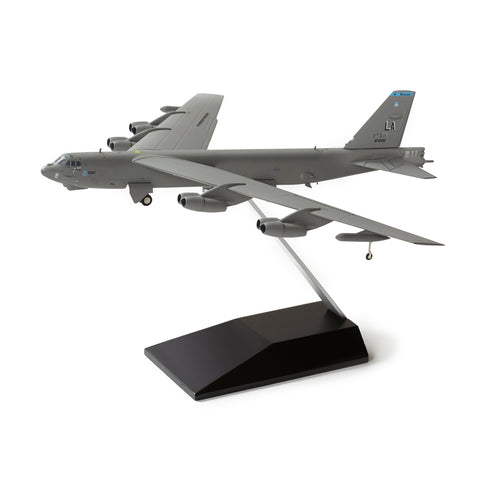 Boeing B-52H Stratofortress Memphis Belle IV Die-Cast Model
