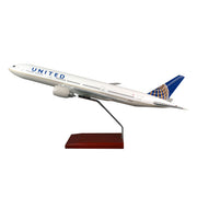 United Airlines Boeing 777-200 1:100 Model