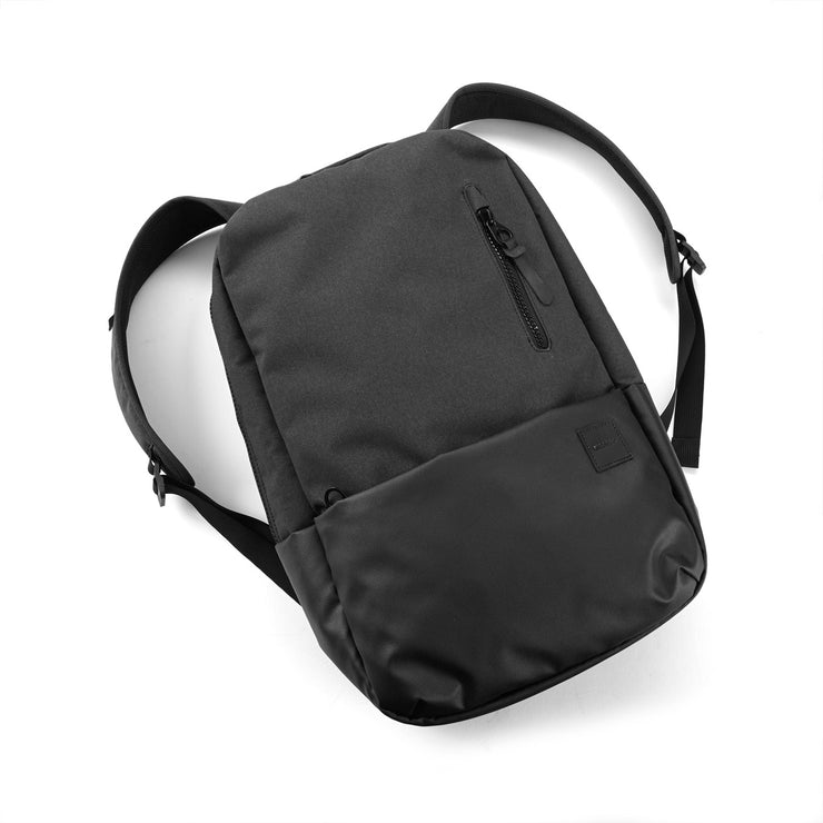 Incase Compass Backpack (11793371020)