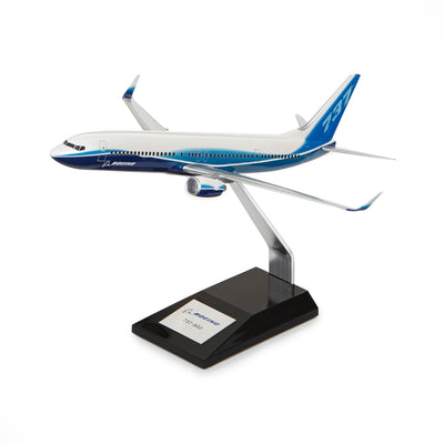 Boeing 737-900 Plastic 1:144 Model