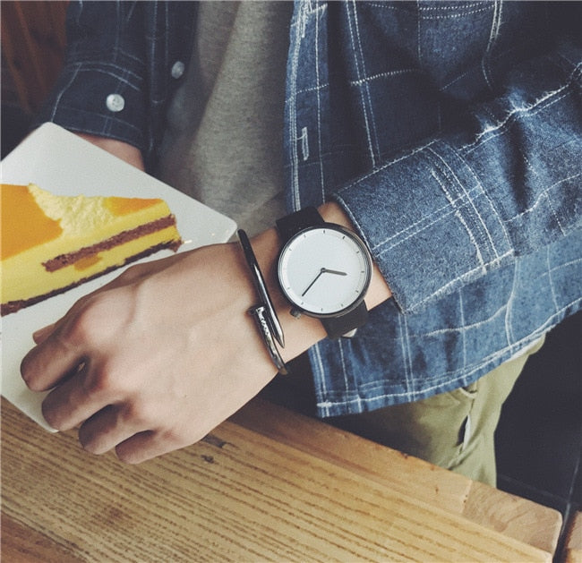 The Minimalist White on Black - Analog Watch Co.