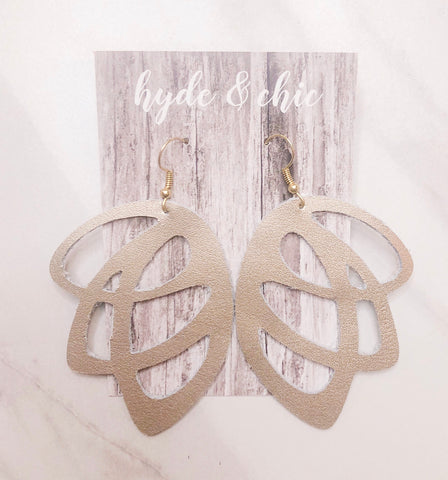 Hyde & Chic - Simply Noelle, Camillions - Camillions
