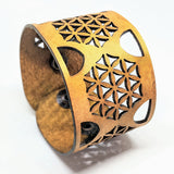 SA79 The Honeycomb Cuff
