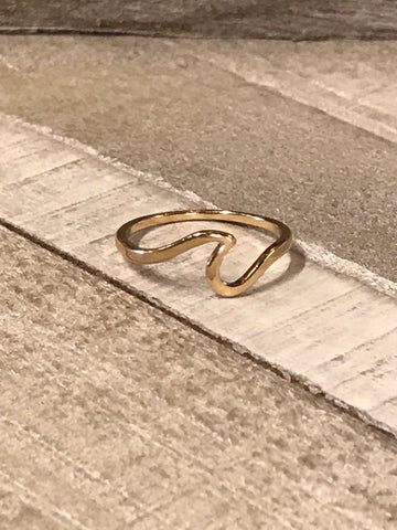 Wave Ring Gold - Assorted Sizes