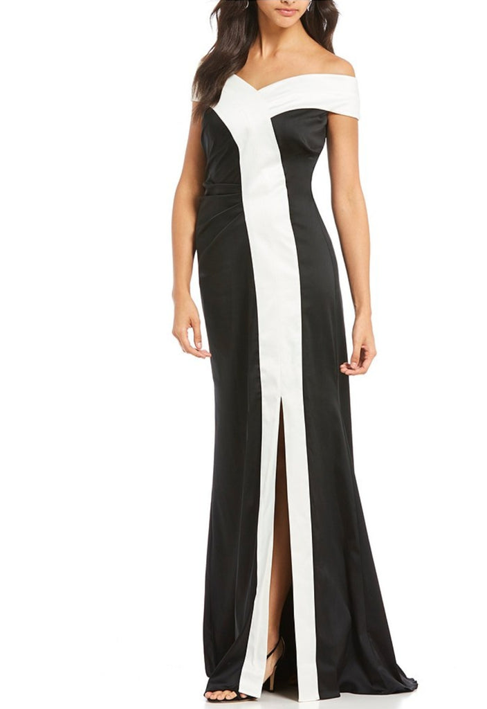 Kay Unger  Off  Shoulder Stretch Gown