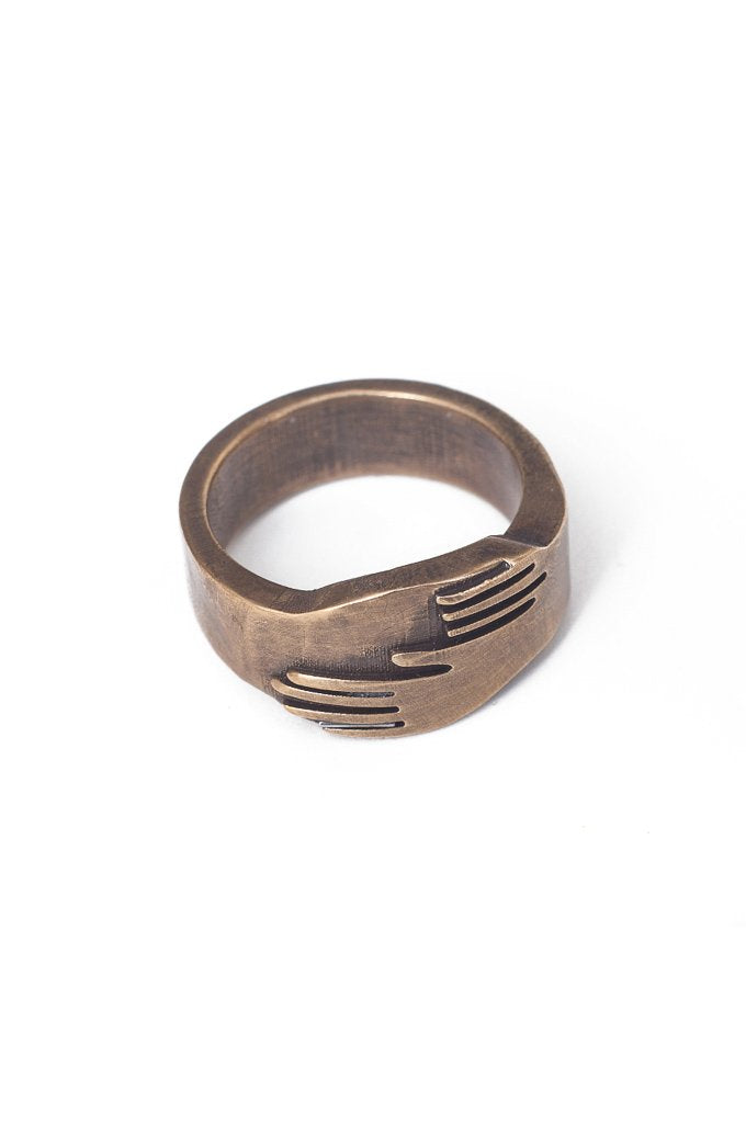 Hand in Hand Ring