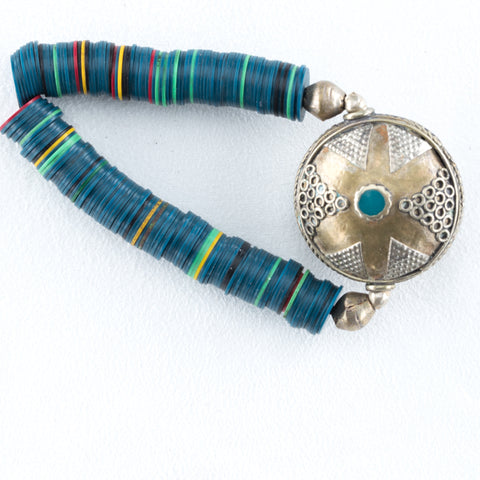 Allison Schiller Calypso Vinyl Brass Beaded Bracelet in Electric Teal