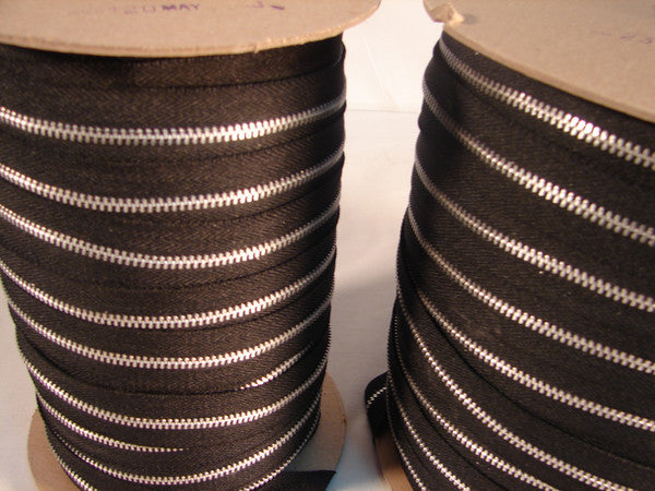 ZIPPER #4  ALUMINUM BLACK 250YDS.