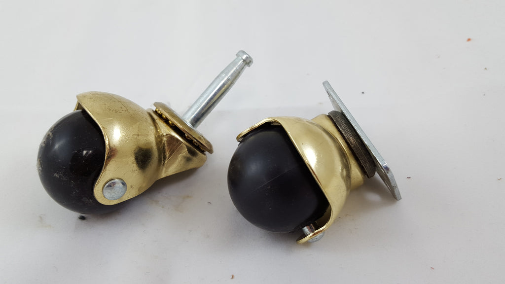 "HOODED BALL STEM 1.5"" BRASS CASTERS"